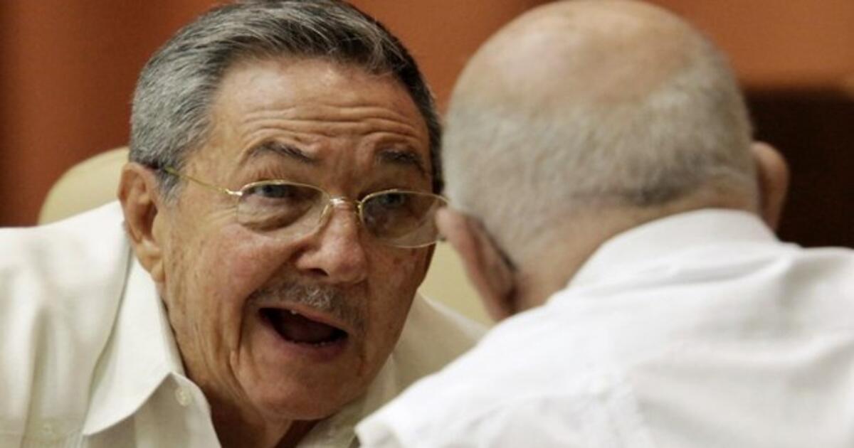 El 'tiranosaurio' Raúl Castro anuncia que se 'retira' como jefe del Partido Comunista de Cuba