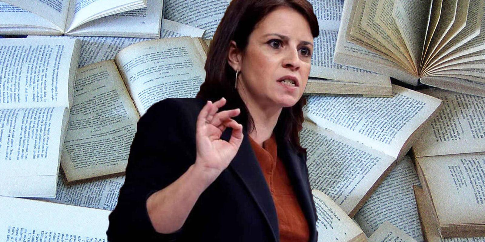 """Twitter se chotea de Adriana Lastra: """"Recibe una carta amenazante con... un libro"""""""
