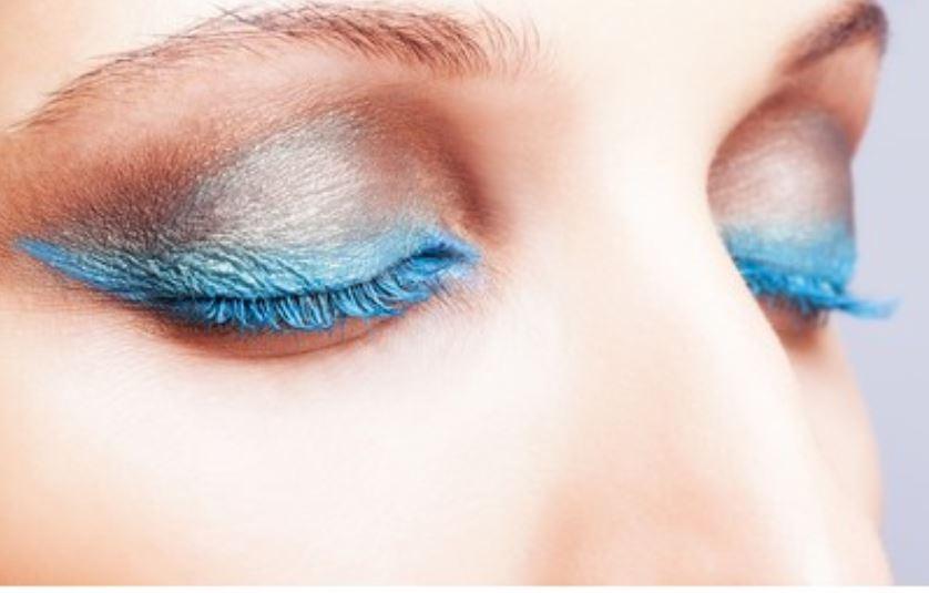 rimel de color azul