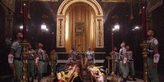 La Legión luce su Cristo virtualmente y la 'procesión' machaca a Sánchez, Iglesias y Podemos