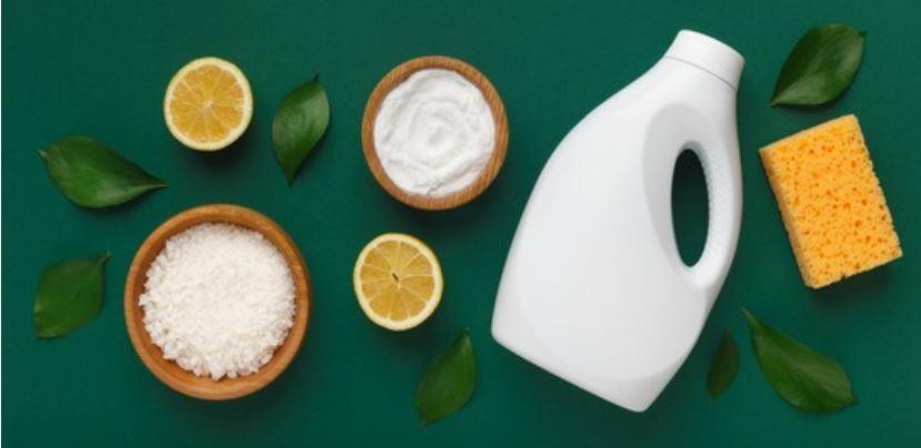 usar productos de limpieza ecológicos