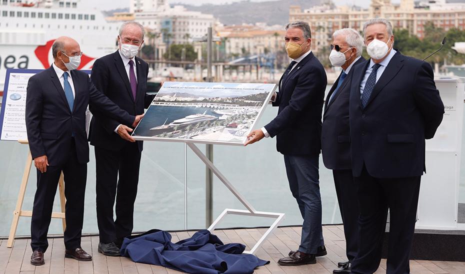 Elías Bendodo señala a los puertos andaluces como un imán para la atracción de inversión y turismo