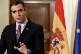 """Un Pedro Sánchez acorralado en Grecia admite a regañadientes el resultado """"rotundamente malo"""" del PSOE el 4M"""