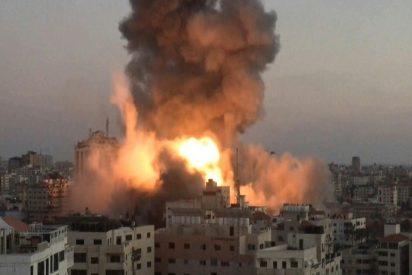 El ejército de Israel bombardea y reduce a escombros las residencias de 9 comandantes de Hamas