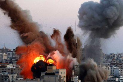 Israel bombardea una fábrica de armas de Hamas