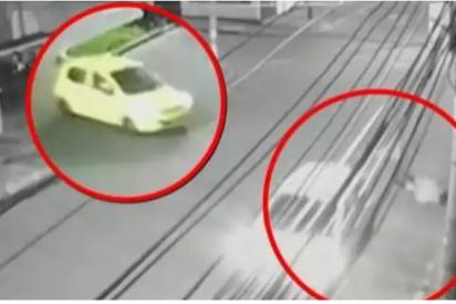 Vídeo: Una joven salta de un taxi en marcha para evitar ser violada