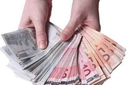 La Guardia Civil asesta un tremendo palo a la mafia china: blanqueaban 100 millones en tiendas de ropa