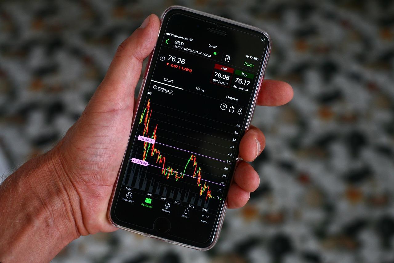 El Nasdaq cae con fuerza ante liquidación de acciones tecnológicas