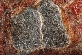 Los jeques sauditas publican por primera vez imágenes en alta resolución de la Piedra Negra de La Meca