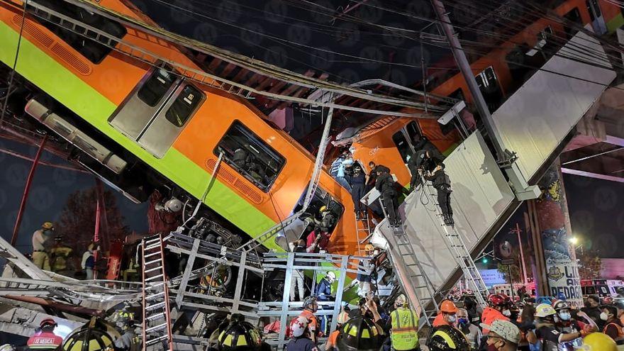 Más de 20 muertos: momento exacto en que se desploma un puente del Metro en Ciudad de México