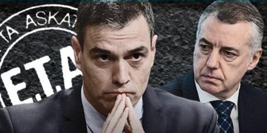 El socialista Sánchez paga el 'alquiler' de Moncloa al PNV con piso y trabajo para los terroristas etarras