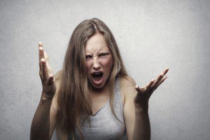 Dejan en libertad provisional a la mujer que apuñaló a su marido e intentó asfixiar a su bebé en Sevilla