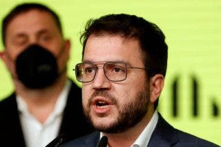 """Los golpistas de ERC y Junts llegan a un acuerdo para formar Gobierno en Cataluña y avanzar hacia la """"independencia"""""""
