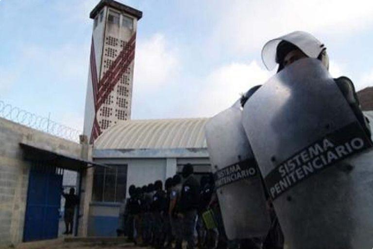 Guatemala: Un despiadado enfrentamiento entre bandas deja 7 reos decapitados en una prisión