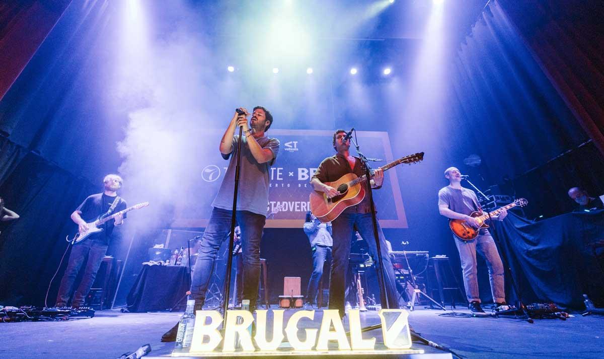 """Taburete brilla en uno de los conciertos más especiales de su gira """"La Broma Infinita"""" en Madrid"""