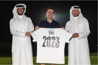 Xavi Hernández renueva como entrenador del equipo catarí Al-Sadd