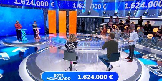 Más problemas en Antena 3: piden la expulsión del concursante de 'Pasapalabra' por vejar a su compañero