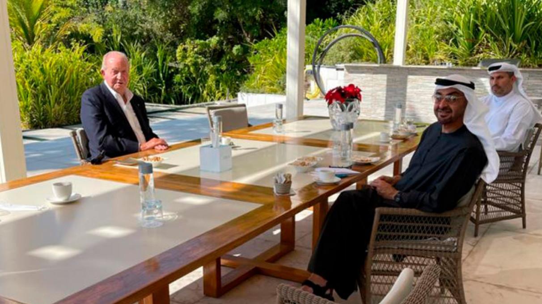Impactante decisión del Rey Juan Carlos: entristece a la Casa Real y señala a Pedro Sánchez