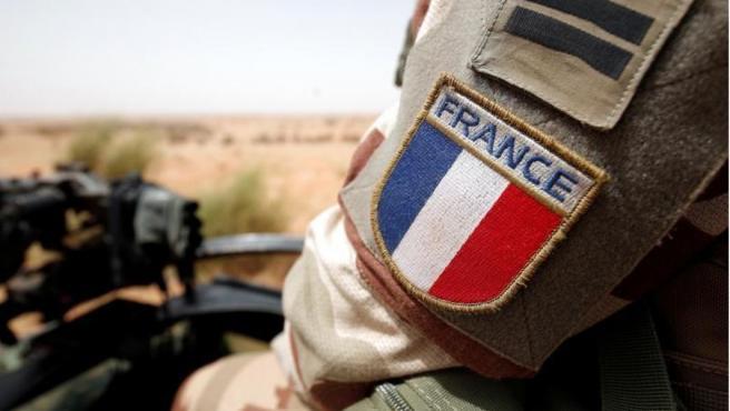 Francia 'caza' con 300 soldados al exmilitar que disparó contra la policía