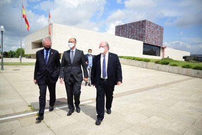 """Luis Fuentes reclama """"valentía"""" para abordar la recuperación económica y social tras la pandemia"""