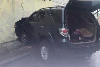 Un policía chavista atropella sin piedad a seis personas en Caracas