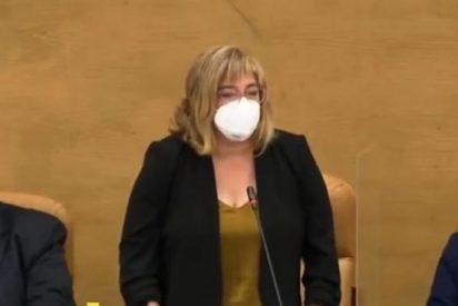 """Así callan a una diputada de Errejón cuando intenta prometer su cargo """"por un Madrid verde y feminista"""""""