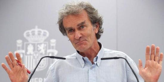 """Fernando Simón: """"No es lo mismo que muera una persona de 95 años a que lo haga una de 20"""""""