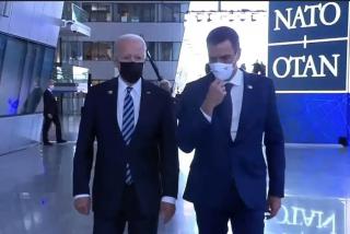 Nuevo ridículo internacional: Joe Biden 'despacha' en 29 segundos a Pedro Sánchez