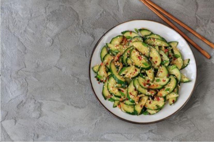 Oi Muchim, ensalada coreana de pepino
