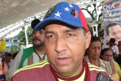 Un alcalde chavista anuncia que vacunará primero a los grupos paramilitares de Nicolás Maduro
