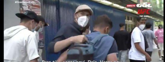 """Zidane va a Vallecas a ver jugar a su hijo y estalla contra un viejo conocido de la prensa: """"¡Tu trabajo es una vergüenza!"""""""