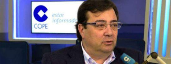 El público extremeño abuchea a Fernández Vara (PSOE) por justificar los indultos en el programa de Herrera