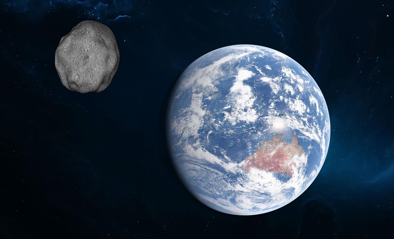 Un asteroide del tamaño de la Gran Pirámide de Egipto roza la Tierra