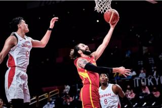 España derrota a Japón pese a un inesperado 'susto' nipón