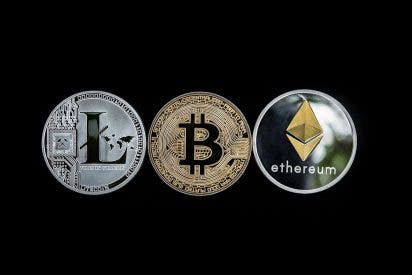 Criptomonedas: 'sorpasso' del Ethereum al Bitcoin en pleno letargo