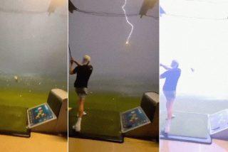Lanza una bola de golf a más de 140 kilómetros y queda petrificado al ver como la fulmina un rayo