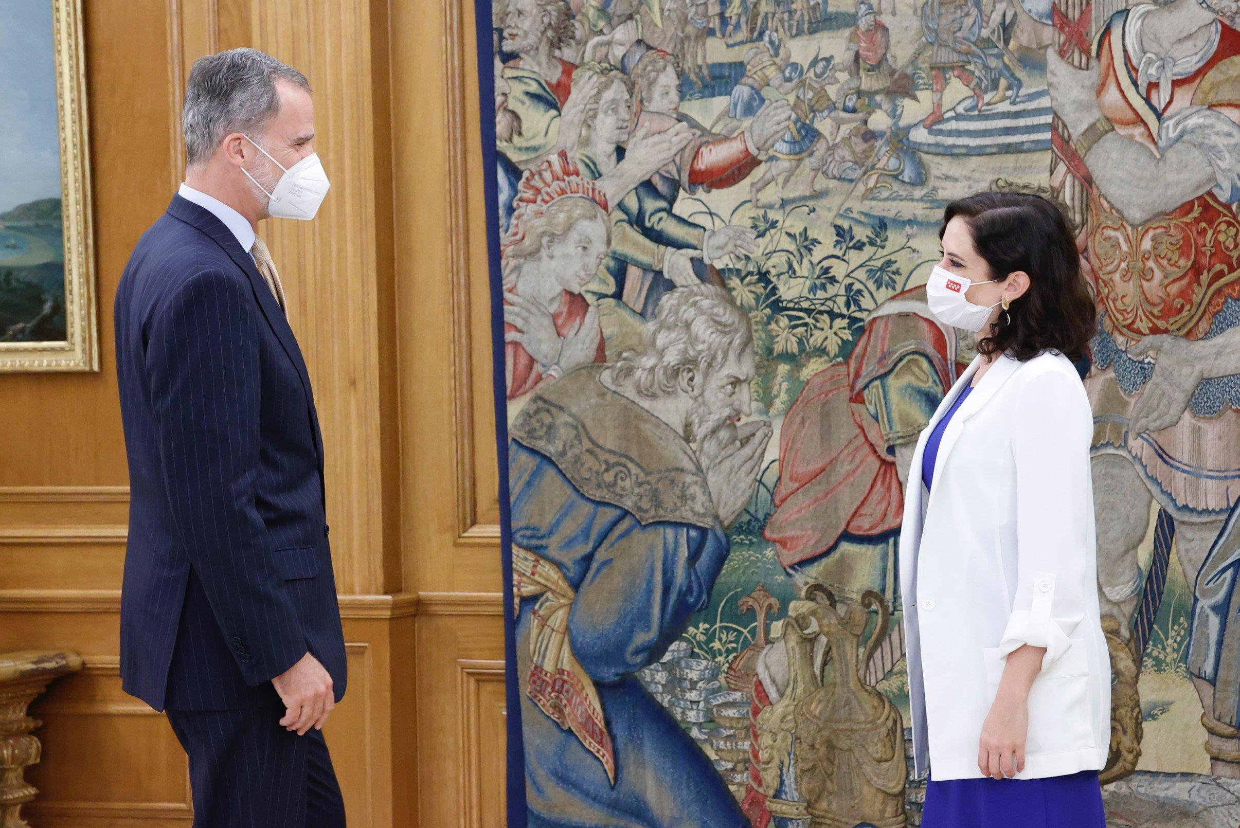 El Rey Felipe VI recibe a Isabel Díaz Ayuso en la Zarzuela: La reunión protocolaria que 'aterra' a Pedro Sánchez