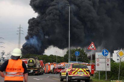 Pánico en Alemania: explota una planta química en Leverkusen