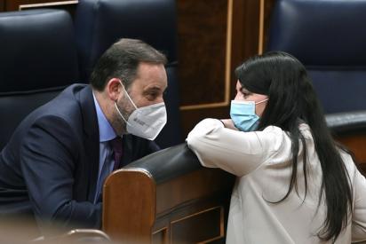 """Olona (VOX) trolea al 'despedido' Ábalos: """"Humillar a los fontaneros es peligroso. Saben cómo obstruir"""""""