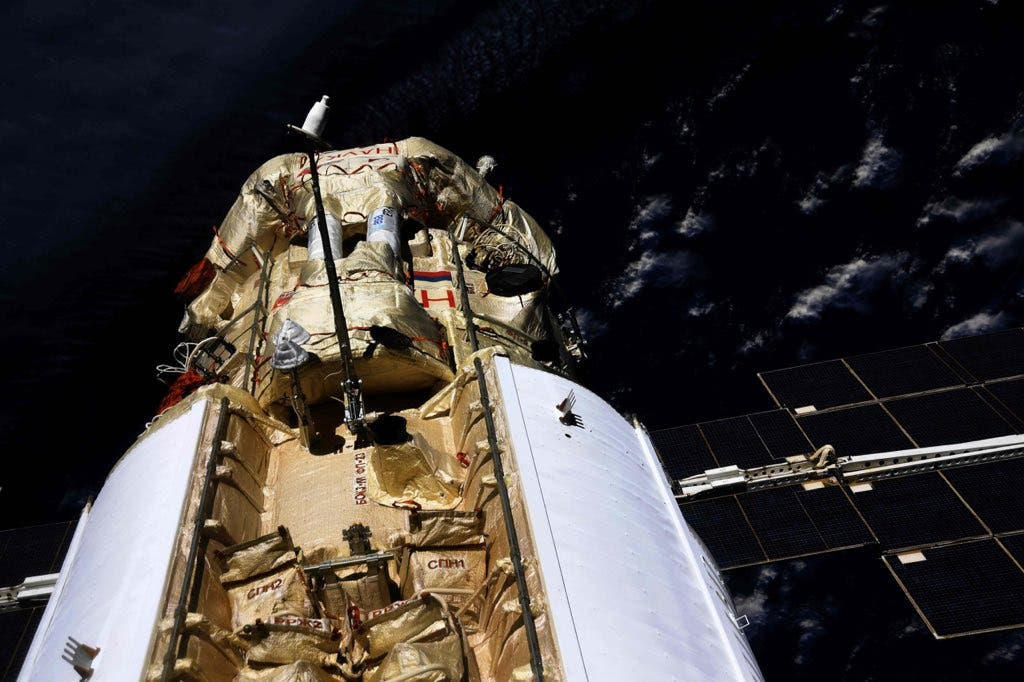 El módulo ruso Nauka enciende un motor inesperadamente y desorienta a la Estación Espacial Internacional