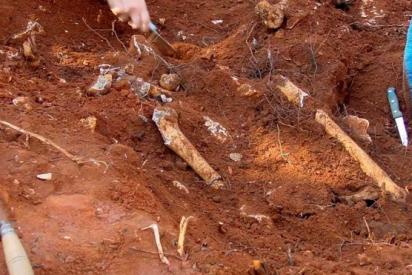 Encuentran 1.100 restos de niños en 182 tumbas ocultas en un internado de Canadá