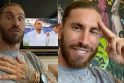 Sergio Ramos, el capitán al que un miope Luis Enrique ha despreciado, se cuadra ante el himno de España