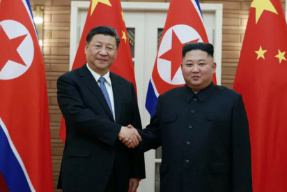 Xi Jinping y Kim Jong-un prometen mejorar sus relaciones bilaterales y EEUU enciende las alarmas