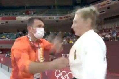 El entrenador que mete un par de bofetones y zarandea a su pupila antes del combate de judo