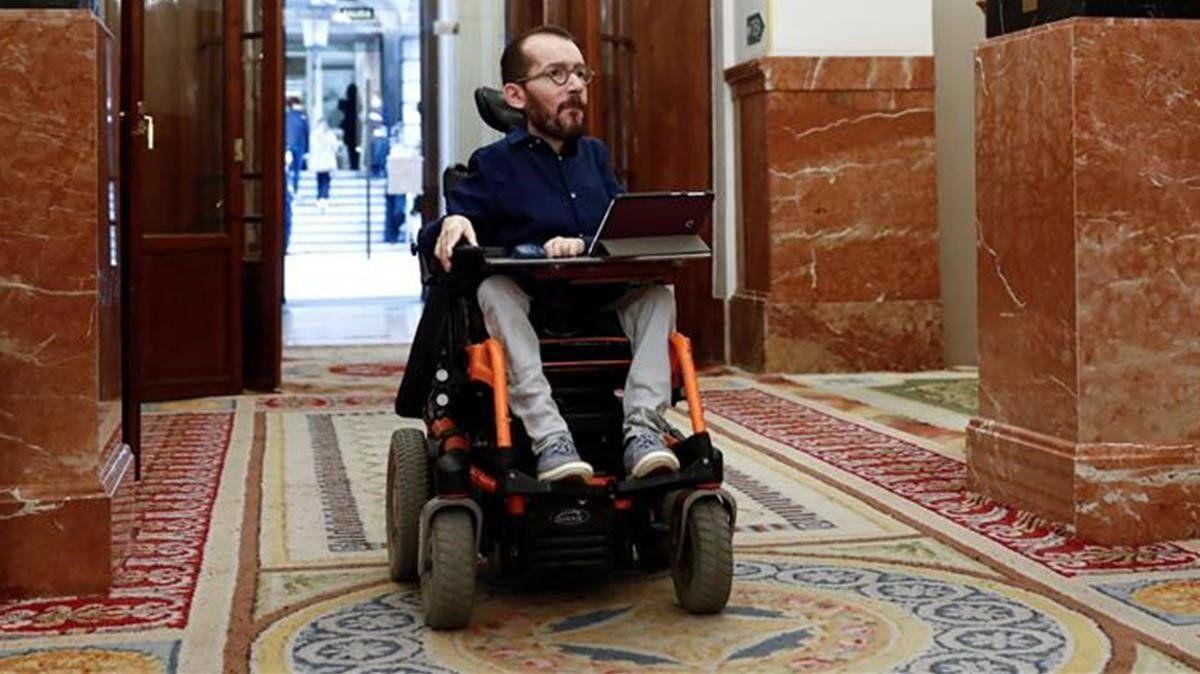 La Sala de lo Penal del Supremo imputa a Echenique por sus tuits violentos y noquea a Podemos