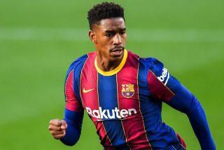 El FC Barcelona vende a Junior Firpo al Leeds por 15 millones
