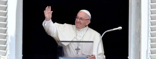 """'Golpes' al Papa Francisco por corregir el legado de Jesucristo: """"¡Miseria!"""""""
