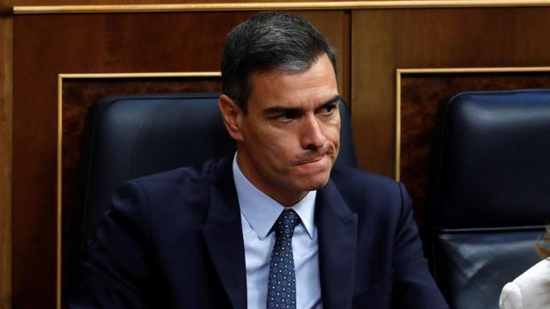 El Gobierno maquilla el fracaso de Sánchez con la vacunación 'borrando' a tres millones de personas sin dosis