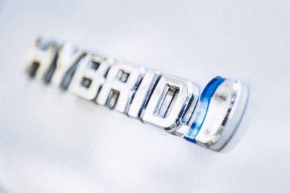¿Eléctrico o híbrido? Claves para comprar un coche de segunda mano, según Malaga Car Ocasión