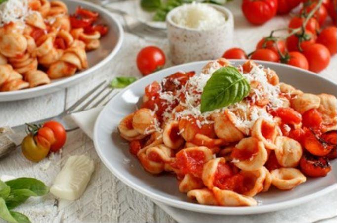 Orecchiette con tomate